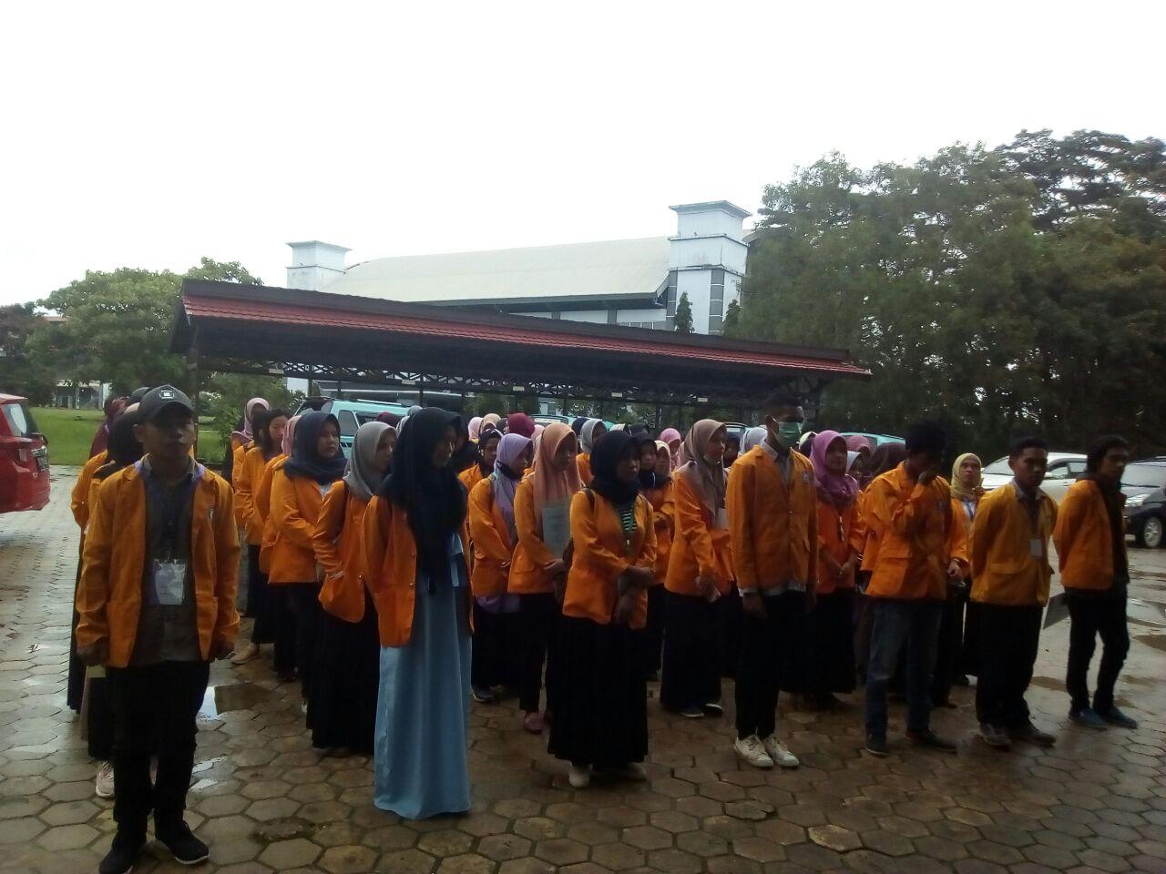 Pelepasan Mahasiswa PBL Lokasi Kecamatan Kendari