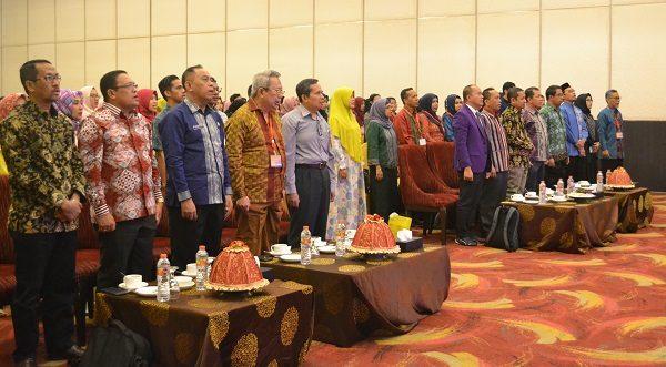 Tiga Institusi Kesehatan di Kota Kendari Gelar Seminar Nasional di Bidang Kesehatan