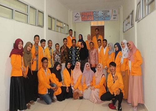 Pelantikan Ketua dan Wakil Ketua BEM Beserta Jajarannya dan DPM FKM UHO Periode 2018/2019